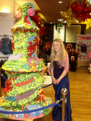 The Twelve Days of Christmas Cake, Jenners Department Store, Edinburgh 2009